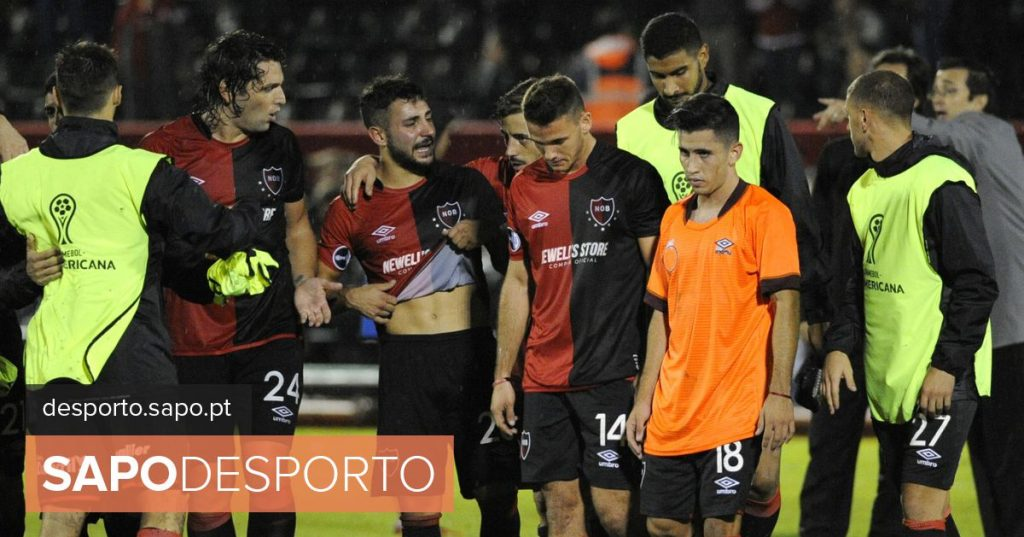 Fans of Newell's Old Boys invade training and attack players, says Argentine press