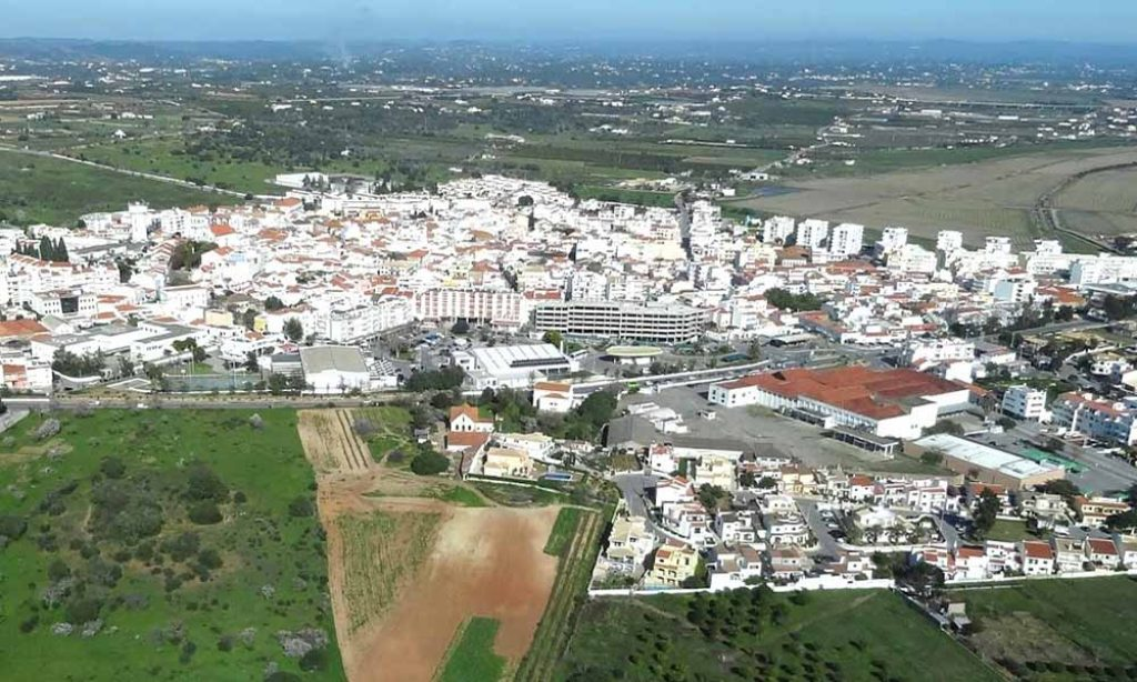 Financial Yearbook of Portuguese Municipalities places Lagoa at the top of the ranking - Jornal diariOnline Região Sul