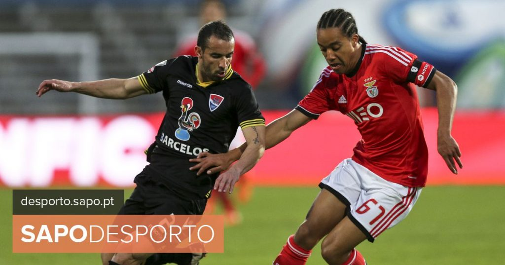 """Hélder Costa: """"Benfica? We know that not everyone will reach the main teams"""""""