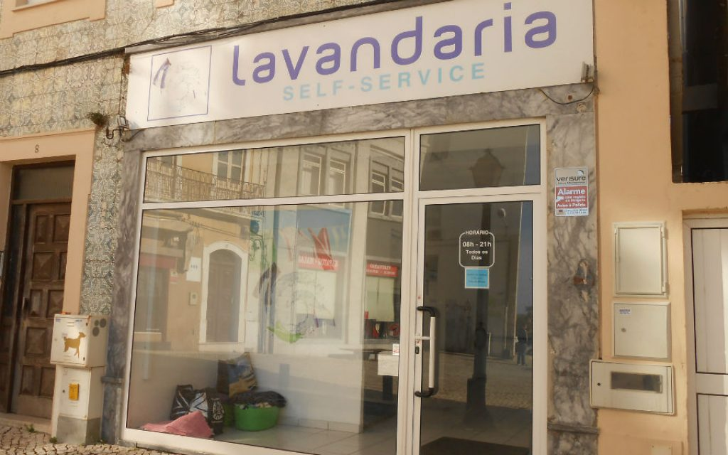 Self-service laundries are required to pass invoice - The Economic Journal