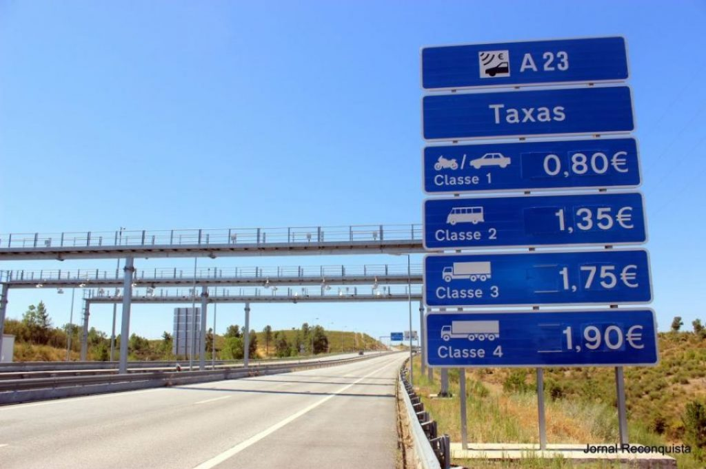 Tolls on motorways are expected to increase by close to 1% by 2019 - The Jornal Econômico