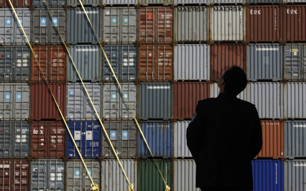 Trade deficit up to 1,709 million euros in August - Jornal Econômico