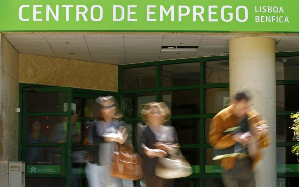 You can already apply for the unemployment subsidy through the internet - O Jornal Económico