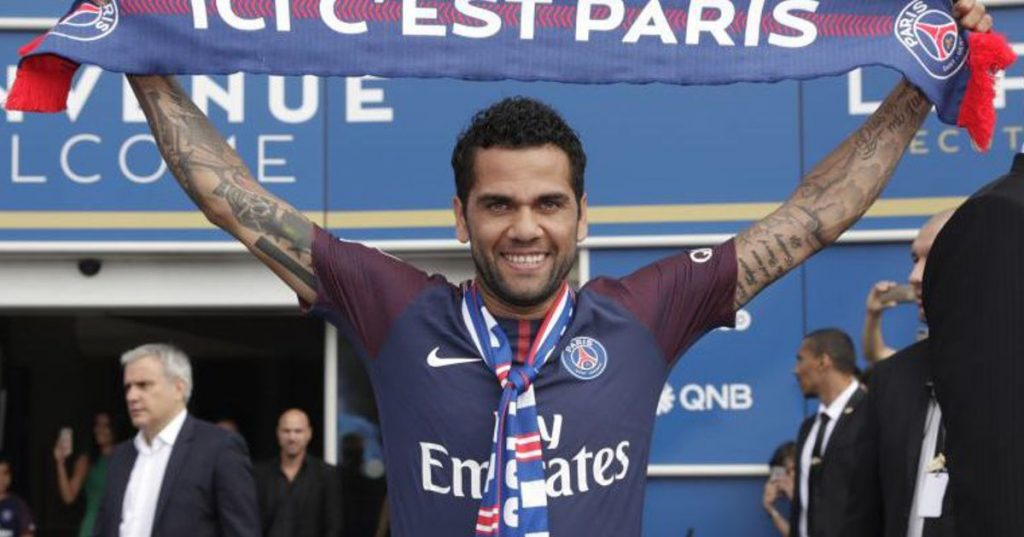 Dani Alves ensures he does not finish his career without playing in the Premier League