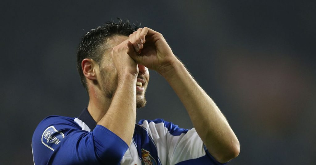 FC Porto was close to the antics, but (well) in the end savored a sweet victory - League Cup