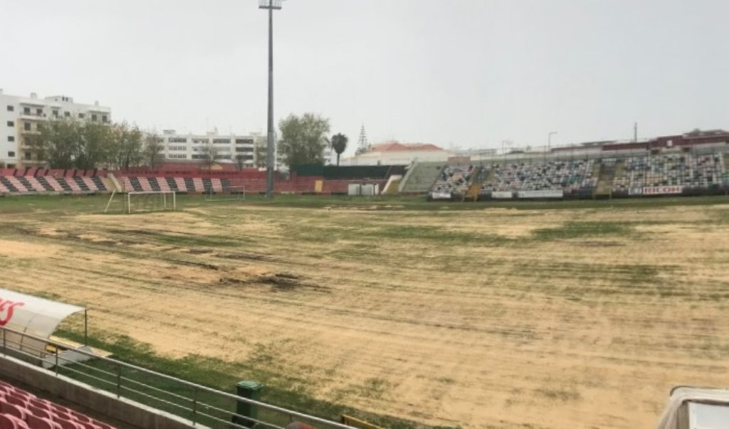 Recovery of the pitch of the Stadium José Arcanjo takes Olhanense to the Municipal Stadium in December - Jornal diariOnline Região Sul