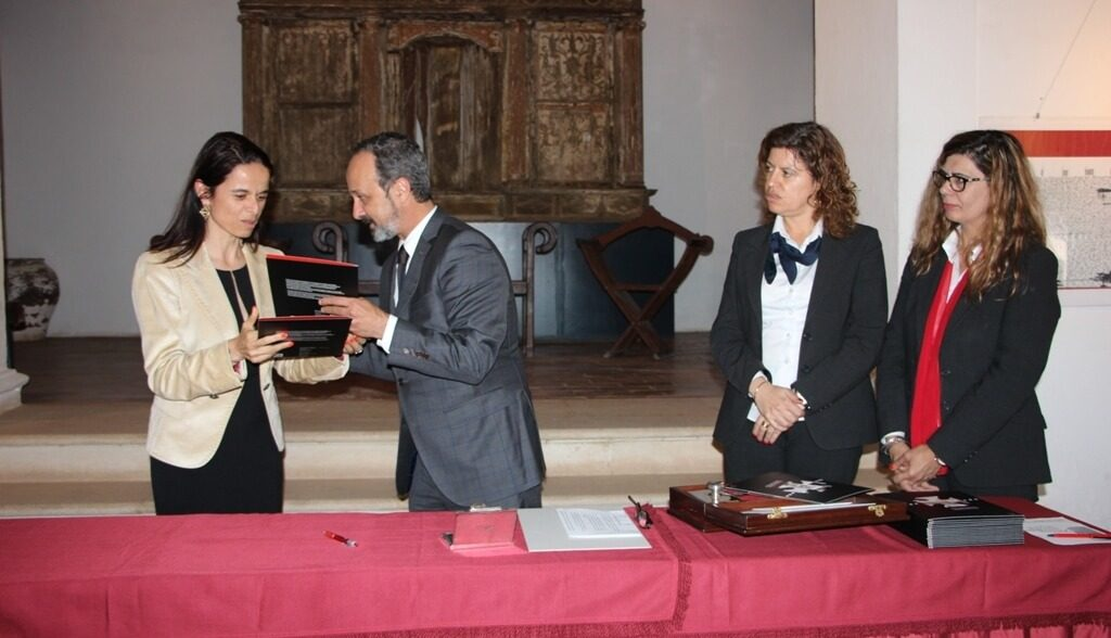 Launch of philatelic collection marks 700 years of the Order of Christ in Castro Marim - Jornal diariOnline Região Sul