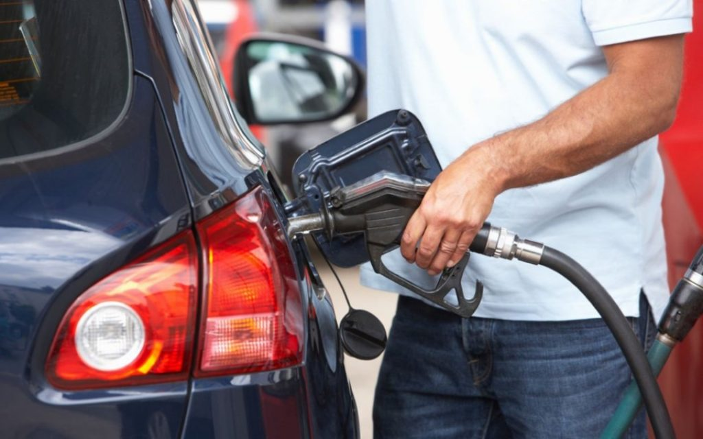 Find out where the 310 stations are where you can supply up to 15 liters of fuel - The Jornal Econômico