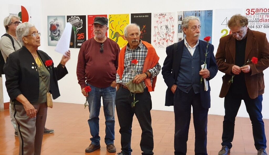 Forty posters on April 25th in CCDR / Algarve exhibition hall - Jornal diariOnline Região Sul
