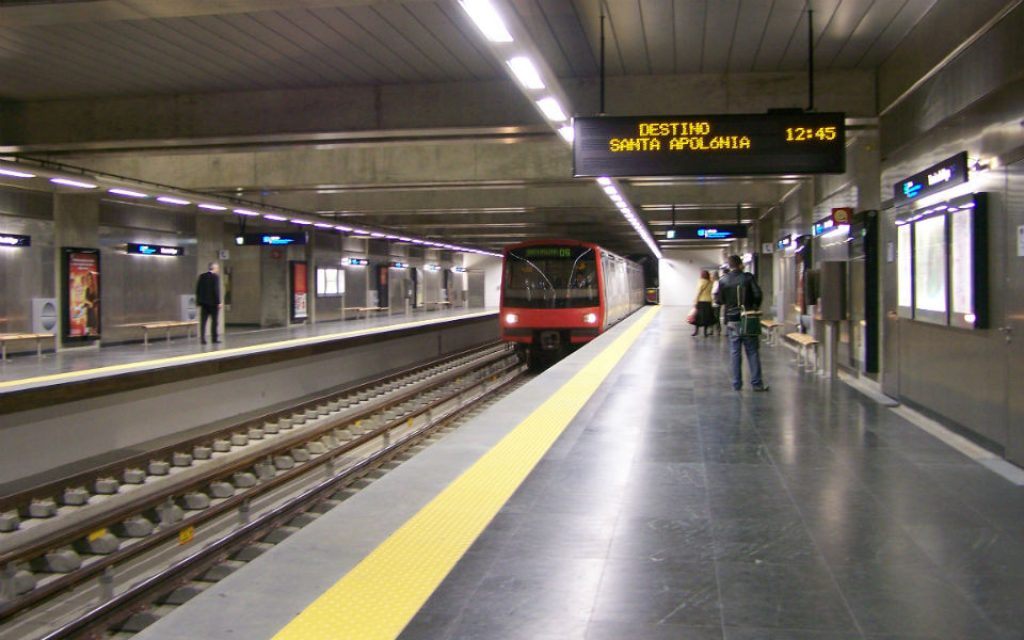 It will be possible to use public transport in Lisbon and pay with the mobile phone - O Jornal Económico