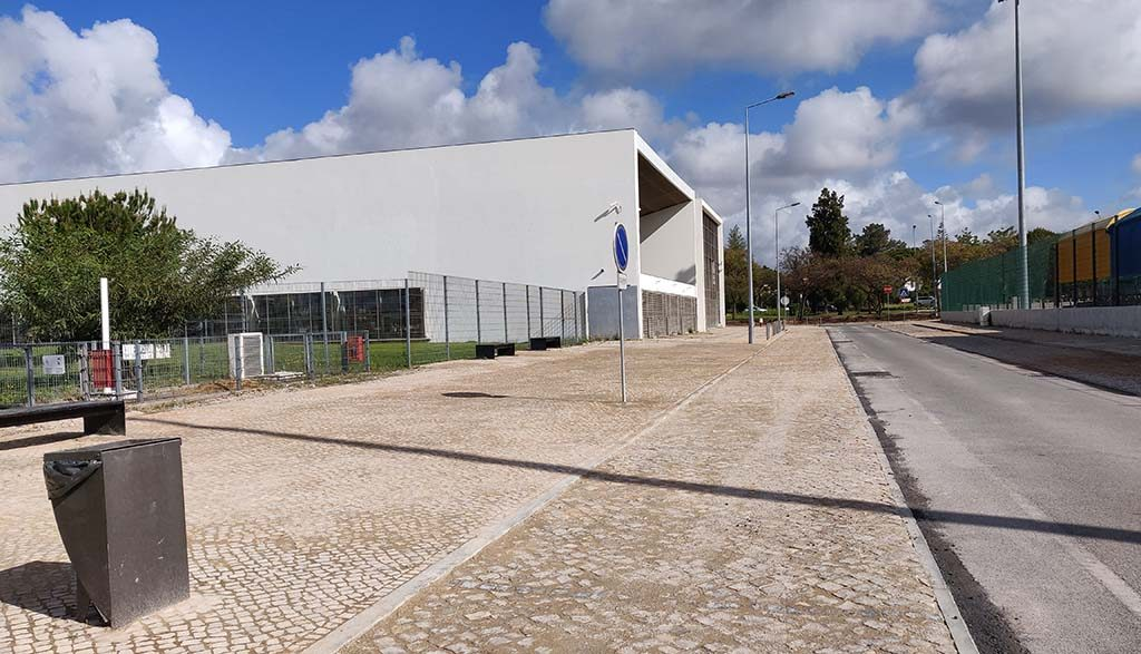 Quarteira invests in urban mobility and safety next to D. Dinis School - Jornal diariOnline Região Sul