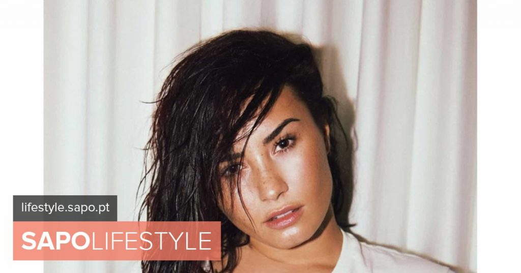 'Miss t-shirt' ... but without being wet: The sensual side of Demi Lovato - Actuality