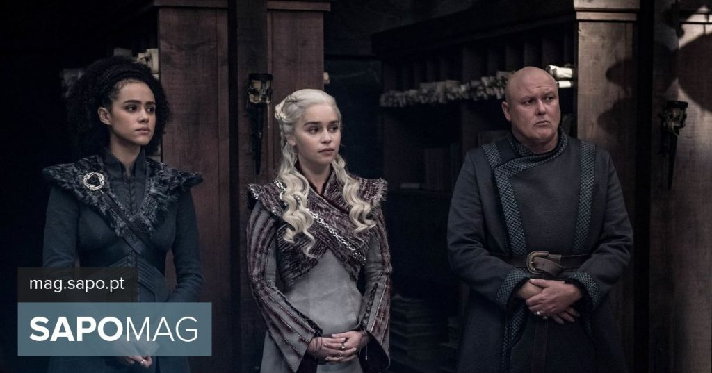 """HBO edits episode """"War of Thrones"""" and erases coffee cup"""