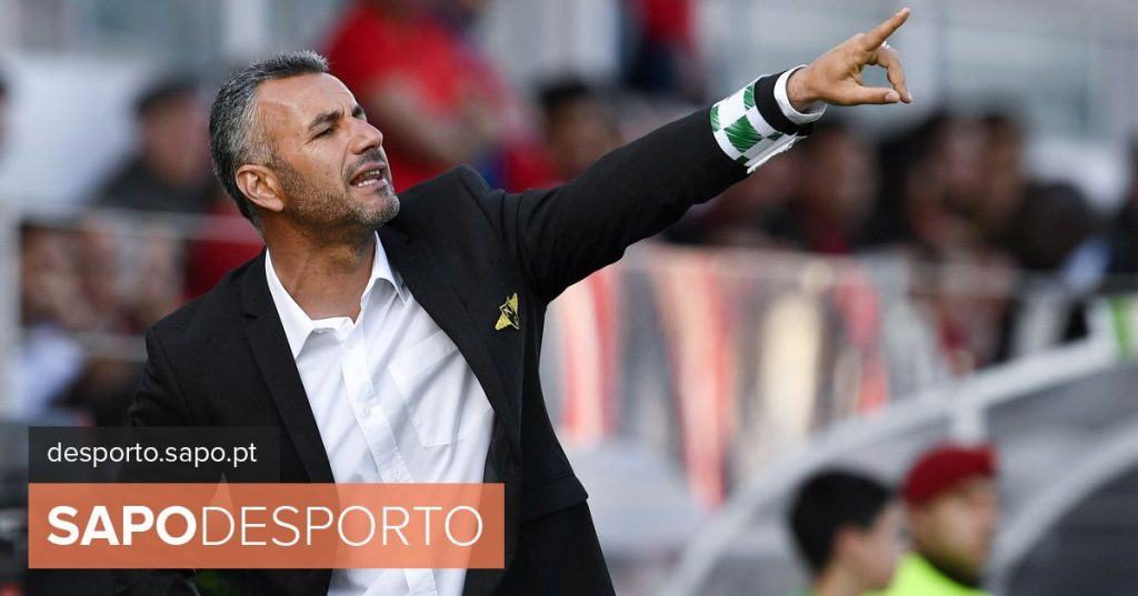 """Moreirense coach promises to """"fight to the point of exhaustion"""" for fifth place"""