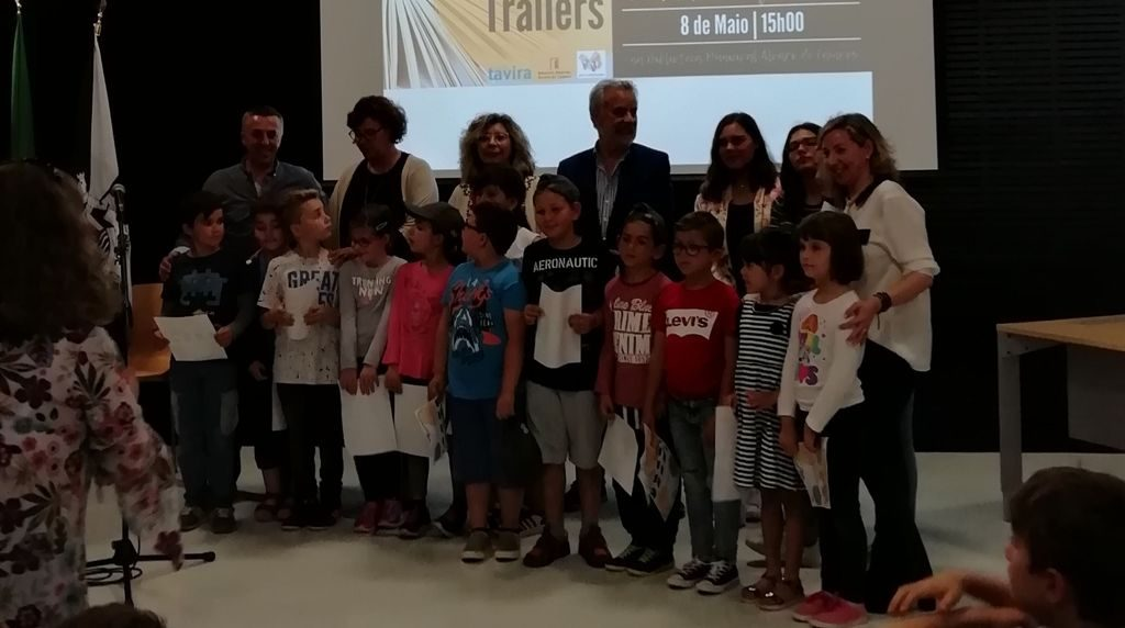 Students from Tavira received awards from the Book Trailers contest - Jornal diariOnline Região Sul