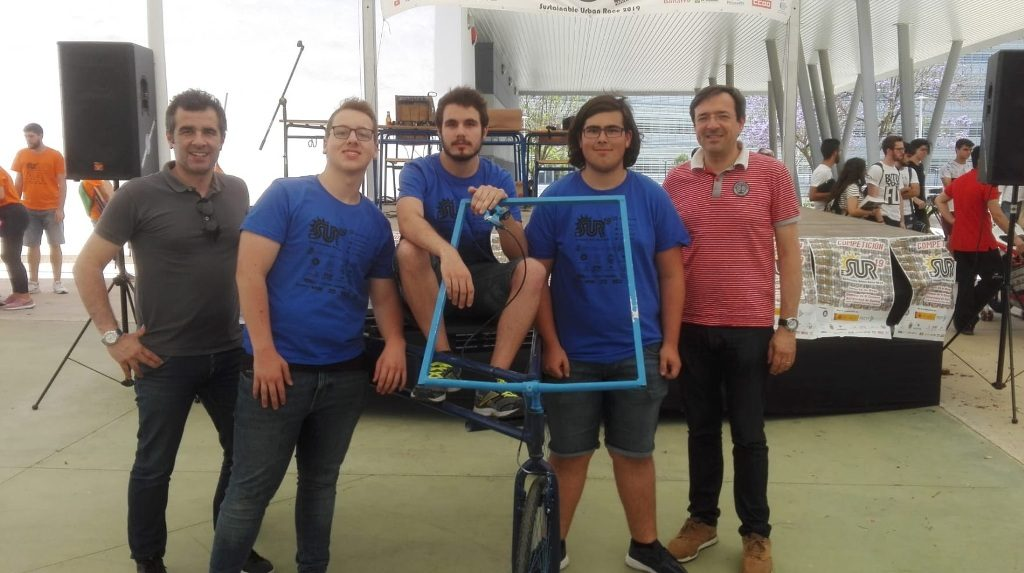 Students of Olhão participated in competition of solar electric vehicles in Spain - Jornal diariOnline Região Sul