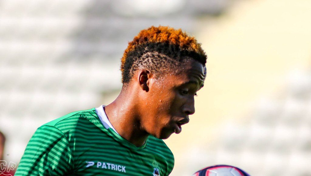 Farense signs with Mayambela for three seasons and a € 3.5 million termination clause - Diario diariOnline Região Sul