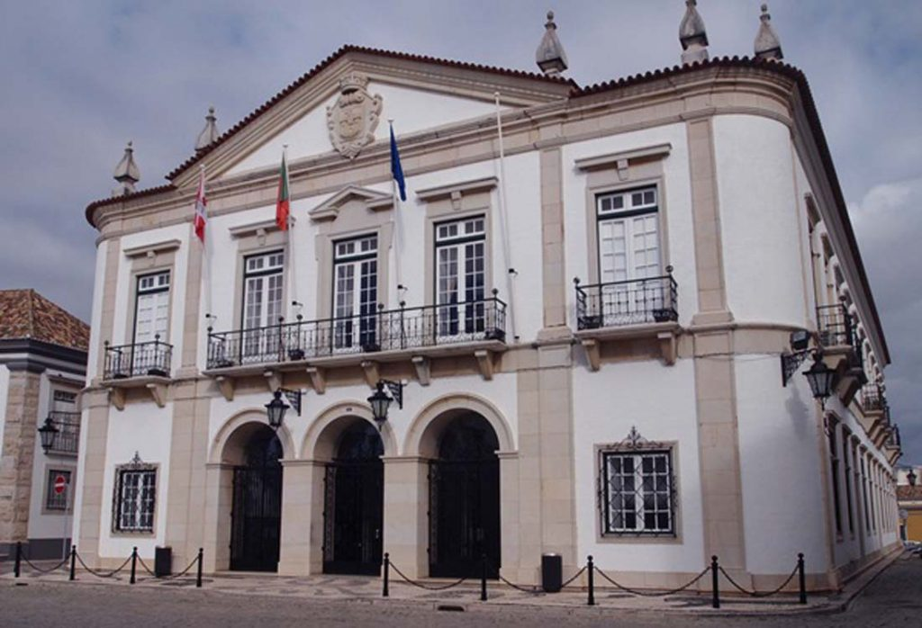 Faro Chamber allocates 904 thousand euros to local associations - Jornal diariOnline Região Sul