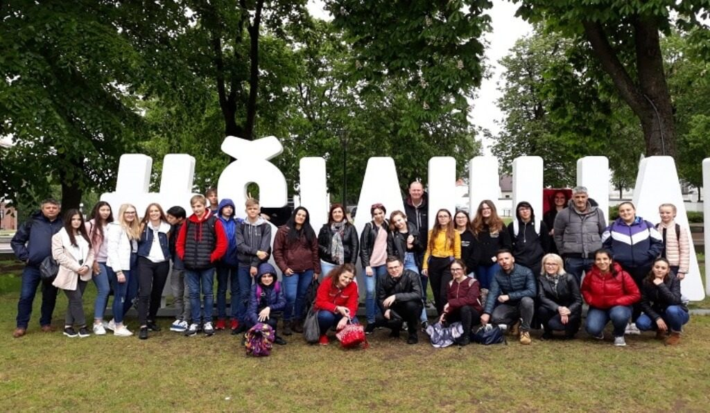 Students from Olhanian school visit Lithuania - Diario diariOnline Região Sul