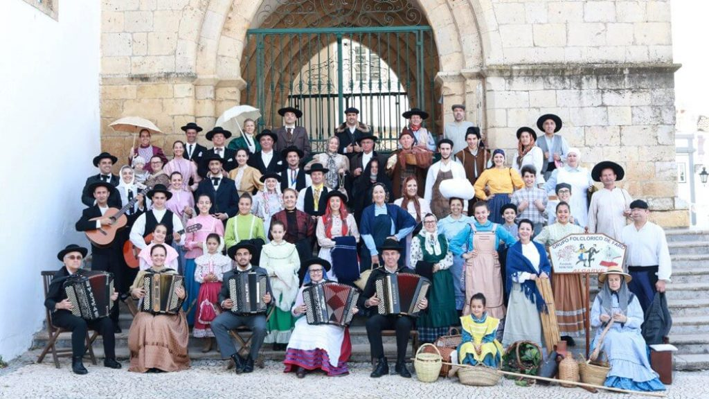 Faro Folkloric Group represents Portugal at Interfolk in France - Diario diariOnline Região Sul