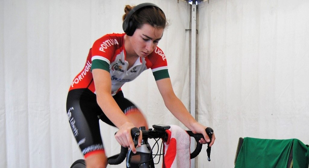 Algarve junior Daniela Campos two points off the podium at the track world - Jornal diariOnline South Region