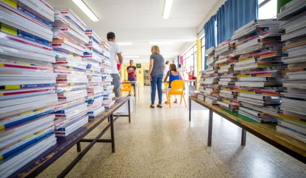 Delivery of school supplies and tablets in Olhão already has schedule - Jornal diariOnline Southern Region