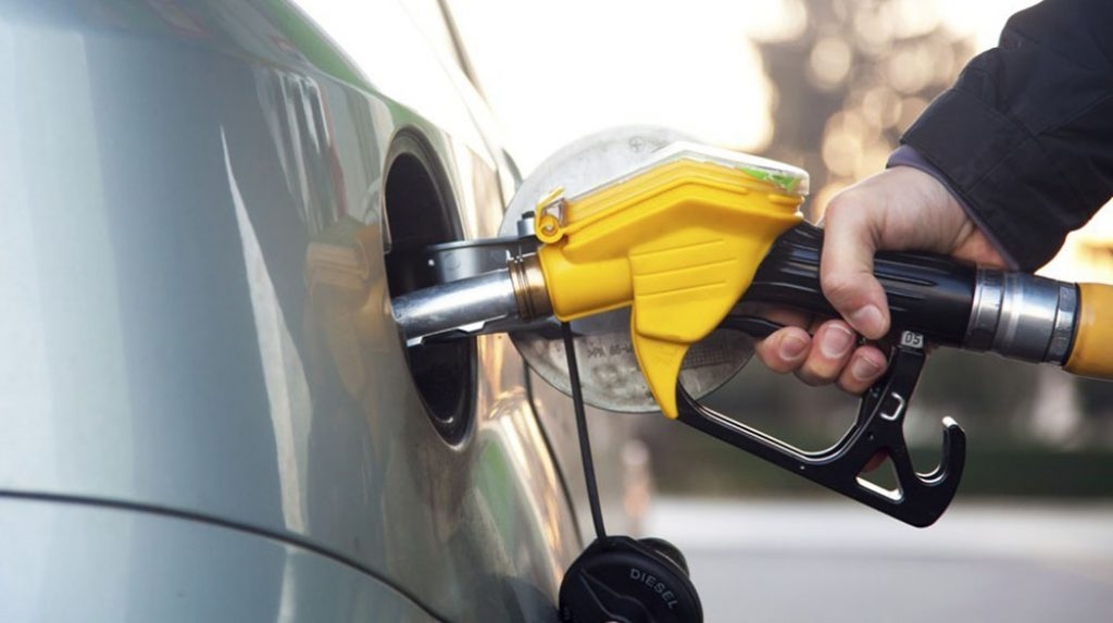 Government decrees civil request to fulfill fuel supply in Algarve - Jornal diariOnline Southern Region