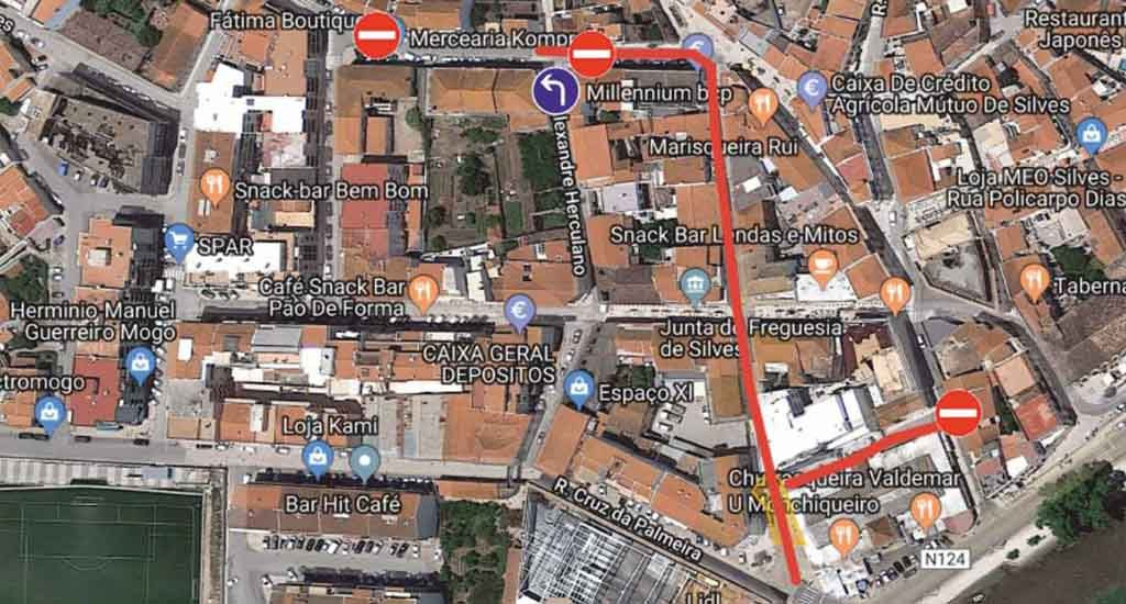 Traffic cut today in Silves due to crane dismantling - Jornal diariOnline Southern Region