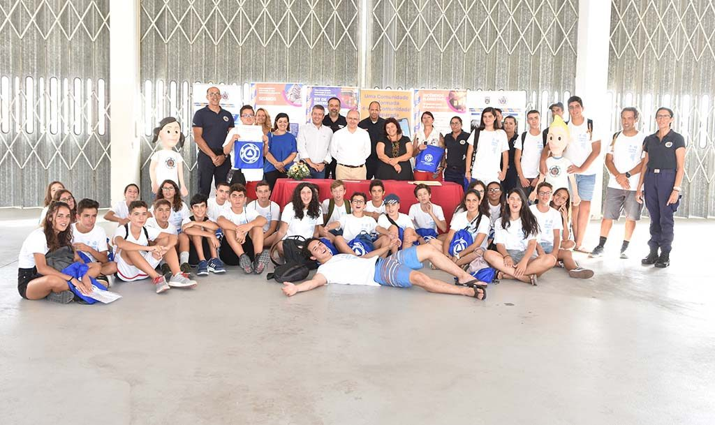 """""""Youth Forest Watch"""" ends in party - Jornal diariOnline Southern Region"""