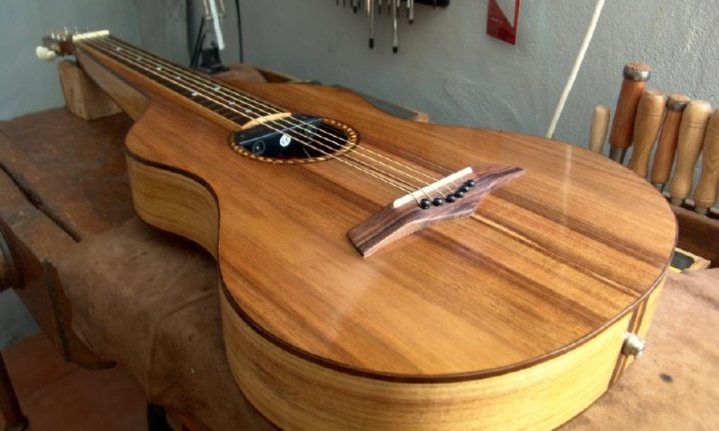Riff Guitar joins luthiers in Algarve capital - Jornal diariOnline Southern Region