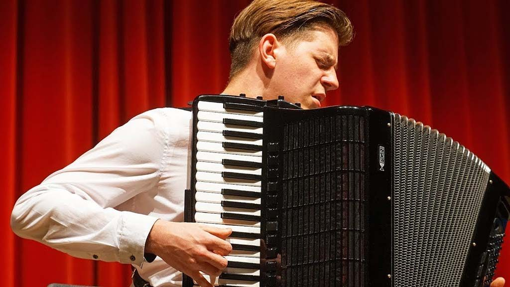 Best accordionists in the world in Loule - Jornal diariOnline Southern Region