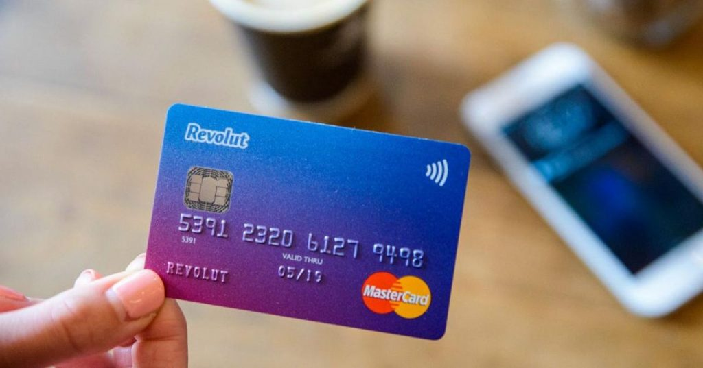 Revolut plans to recruit 400 people in Porto for customer support and other specialized positions - Business