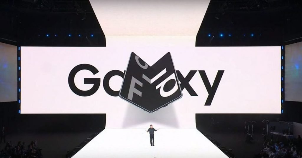 Samsung opens registers for purchase of folding smartphone Galaxy Fold - Equipment