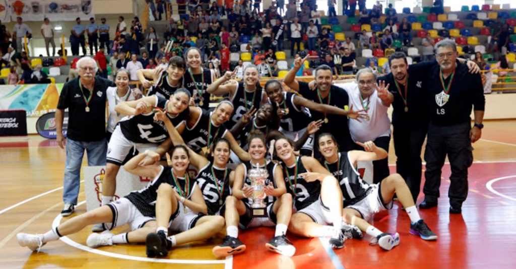 Diary As Beiras - Olivais wins the Women's Basketball Super Cup for the fourth time