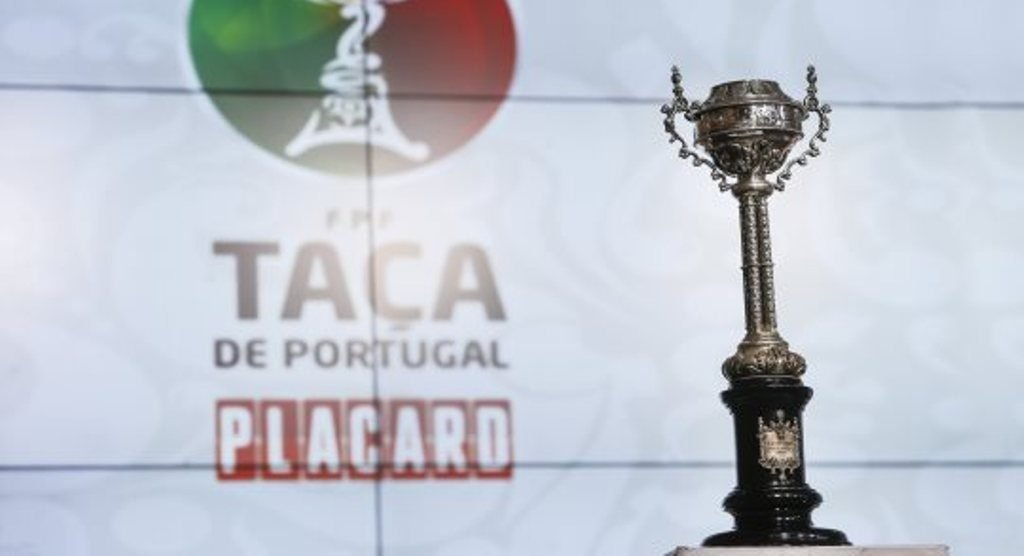 Farense and Louletano receive first division and Portimonense play away in the third round of the Cup - Jornal diariOnline South Region
