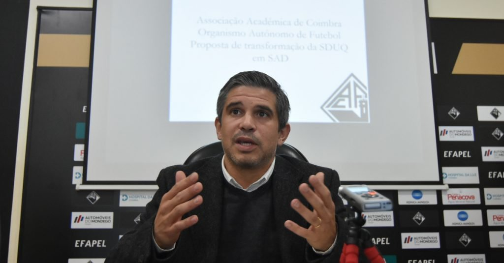 "Pedro Roxo stresses ""tomorrow only the amendments to the statutes will be voted"""