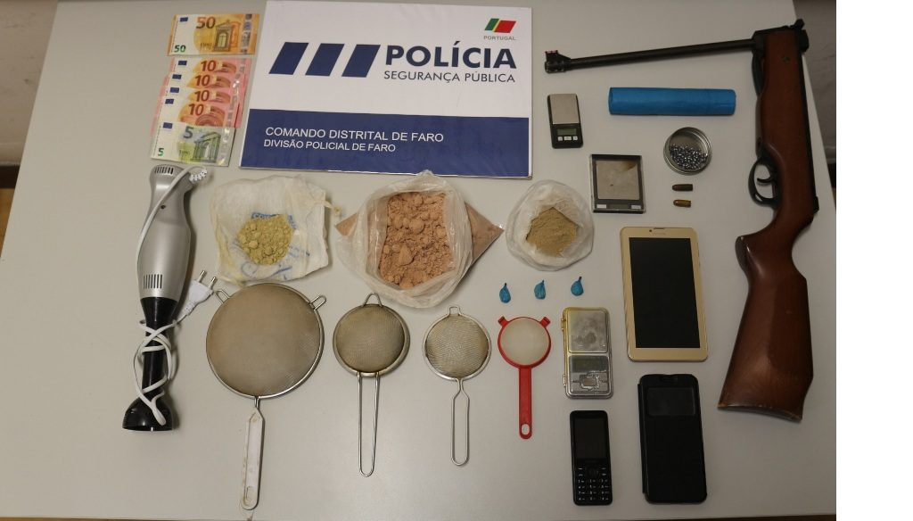 Detained in Faro with over 500 grams of heroin for sale stays in custody