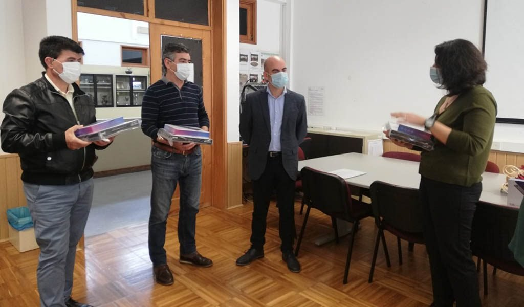 Lagoa and Carvoeiro invest in the purchase of tablets for students