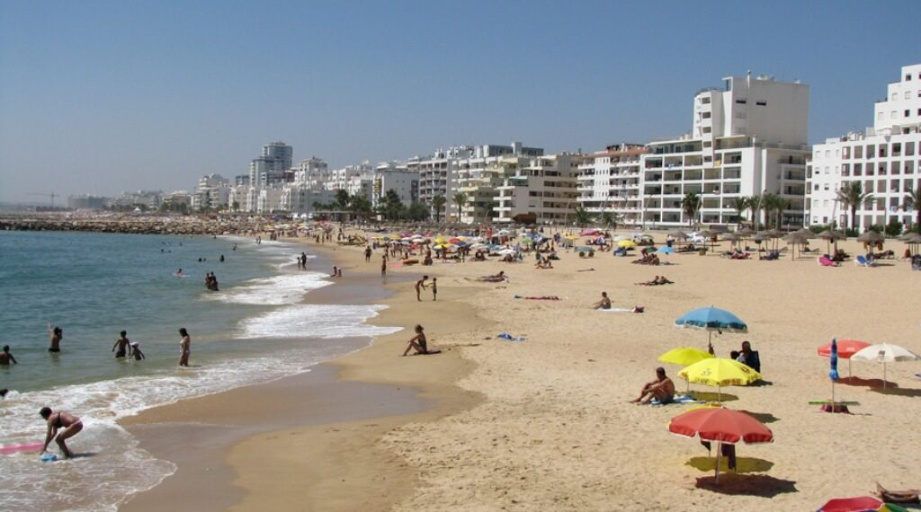 Algarve with estimated 30% occupancy this summer - travel agencies