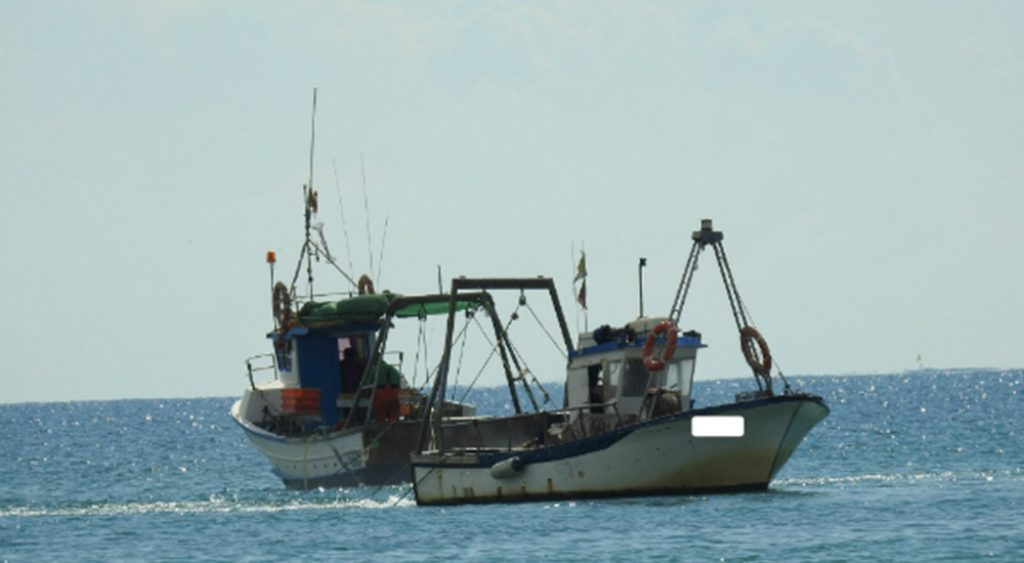Starts payment of support for temporary stops of fishing vessels