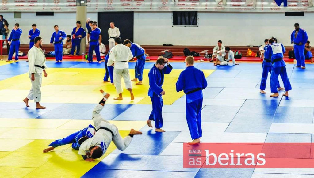 """Diário As Beiras - Portugal and Brazil with """"high level"""" Judo training in Coimbra"""