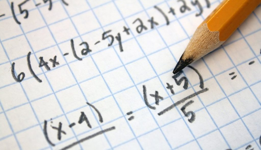 UAlg promotes free math courses for higher education candidates