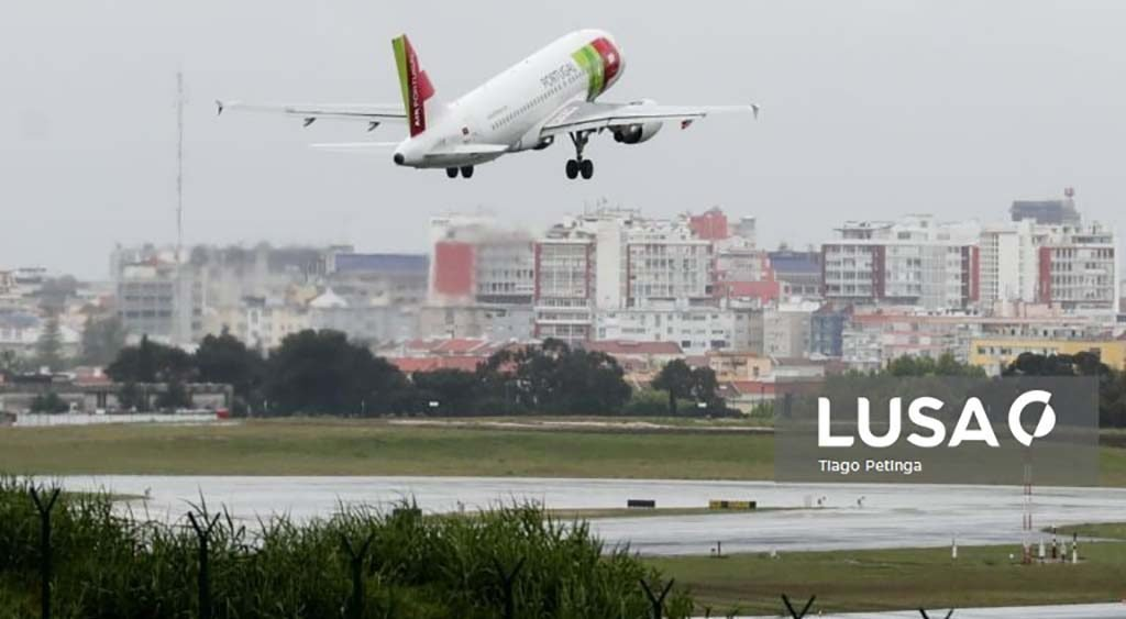 National airports fell by 79.5% in July. Faro was the most affected- INE