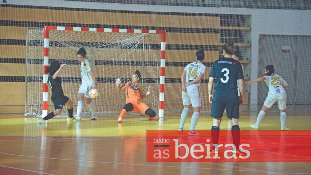 Diário As Beiras - Academic in the 2nd Women's Futsal Division