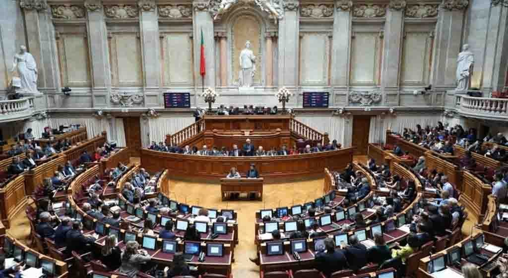 Parliament approves extension of protection to non-housing rents until June