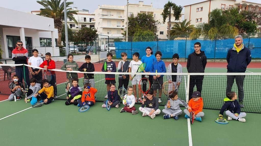 Youth Circuit of the Faro Tennis Center brought together 37 young promises