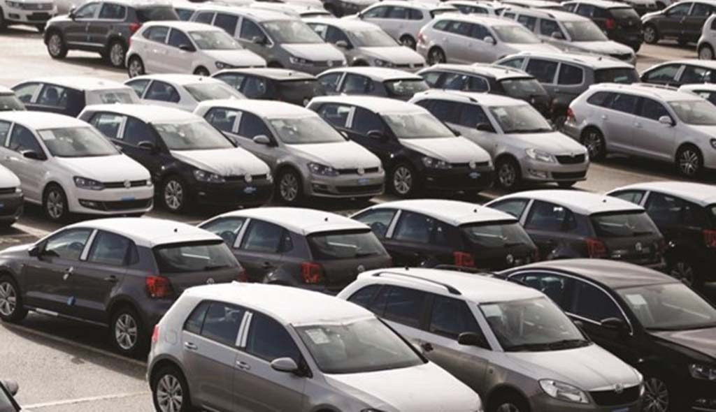 Portuguese car market closes 2020 with a 33.9% drop