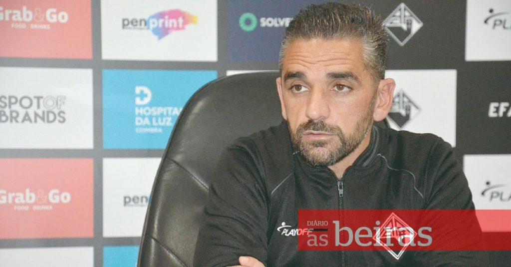 """Diário As Beiras - Academic - Rui Borges wants """"the three points"""" in his visit to Estoril"""