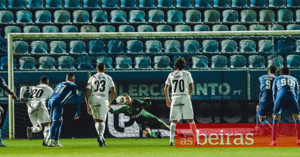 Diário As Beiras - Académica loses with Feirense and goes down to 3rd place in the 2nd League
