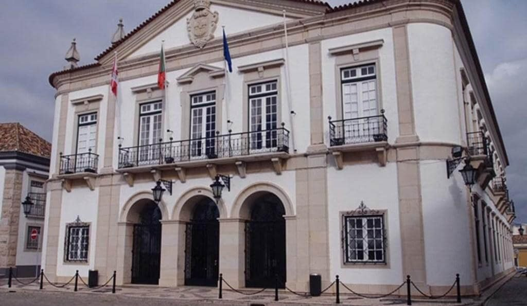 Faro City Council approves budget review to invest € 11.5 million in various areas